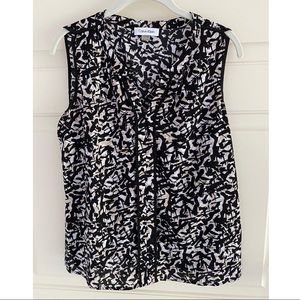 Calvin Klein black & white patterned tank blouse